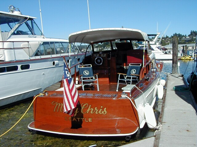 chris-craft-rendezvous-2000_24