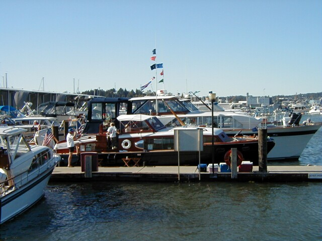 chris-craft-rendezvous-2000_29