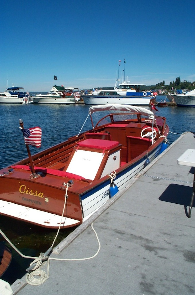 chris-craft-rendezvous-2003_24