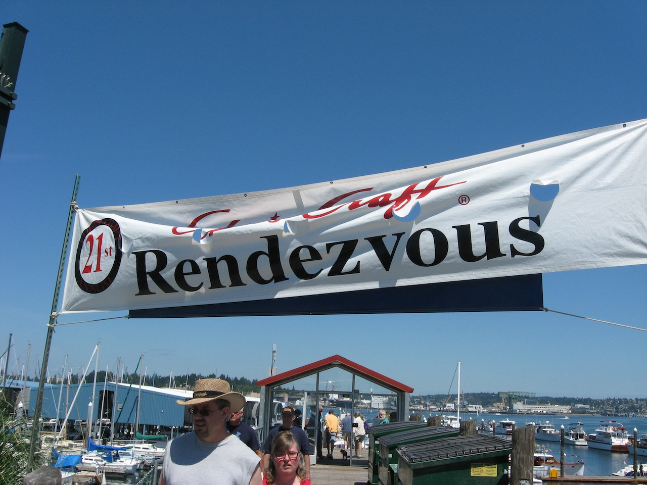 chris-craft-rendezvous-2010_02